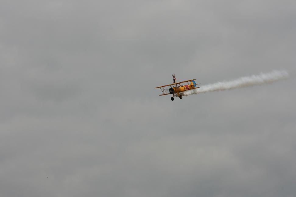 wingwalk-30th-july-2011-081-new-size