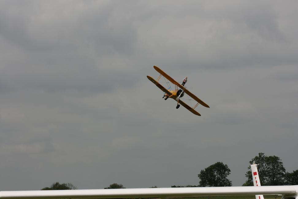 wingwalk-30th-july-2011-088-new-size