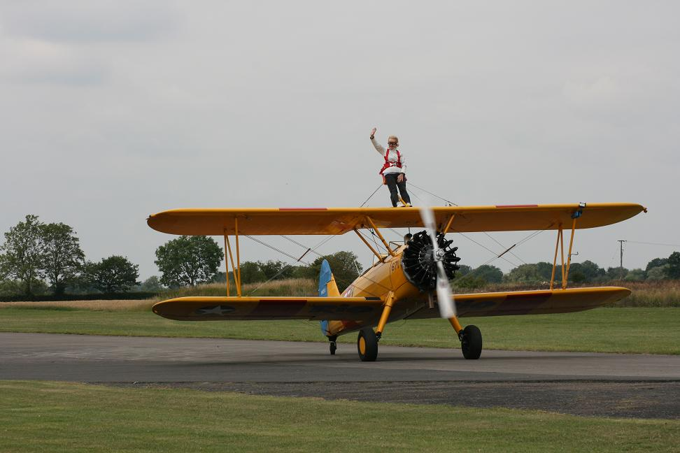 wingwalk-30th-july-2011-105-new-size